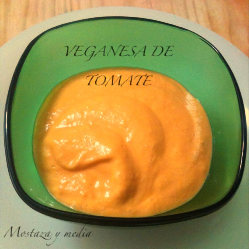 Veganesa de tomate